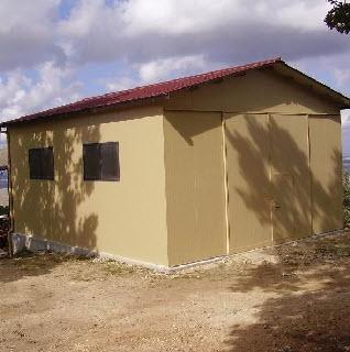 Prefabbricati agricoli frusta per impastare cemento for Capannone prefabbricato agricolo prezzi