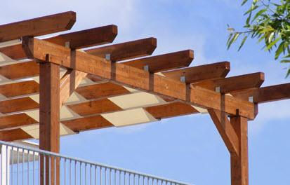 Pergolati e pergole a lecce for Kit di costruzione portico