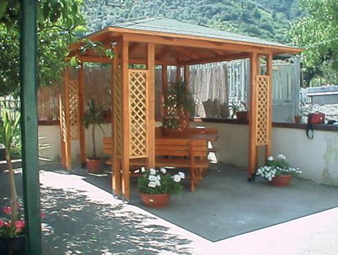 Casette da giardino a napoli for Progetto gazebo in legno pdf