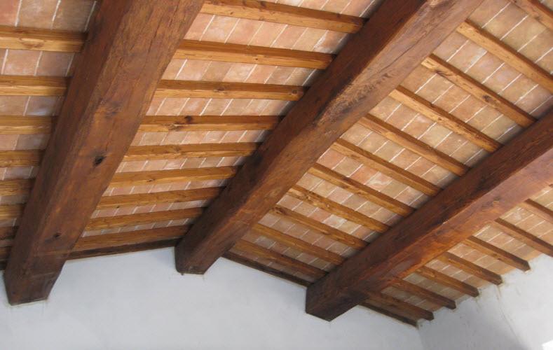 Tetti in legno in Toscana