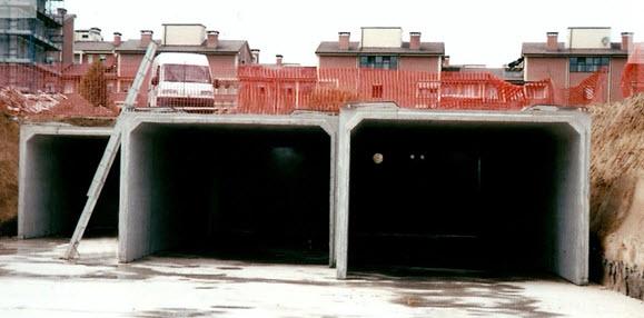Garage prefabbricati in cemento da interrare terminali - Garage interrato ...