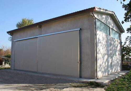 Piccoli capannoni prefabbricati
