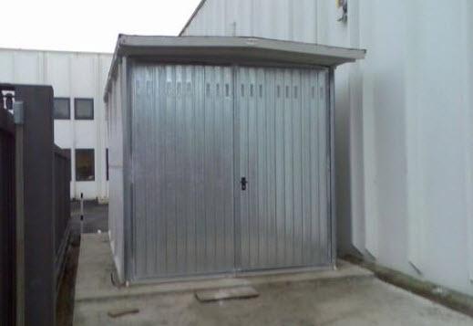 Box auto e garage prefabbricati for 2 piani di garage per auto con soppalco