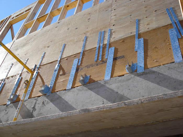 Come avviene l 39 ancoraggio delle case prefabbricate in legno for Fondazioni per case in legno
