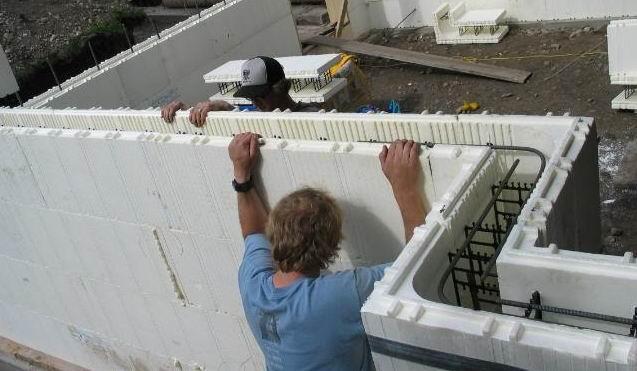 Dal legno al polistirolo nuovo materiale per i prefabbricati for Foam block house construction