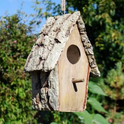 Propriet familiare dove posizionare casette per uccellini for Casette in legno abitabili arredate