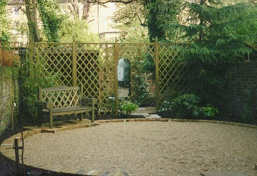 Muretti pannelli staccionate e molto altro quali for Divisori giardino