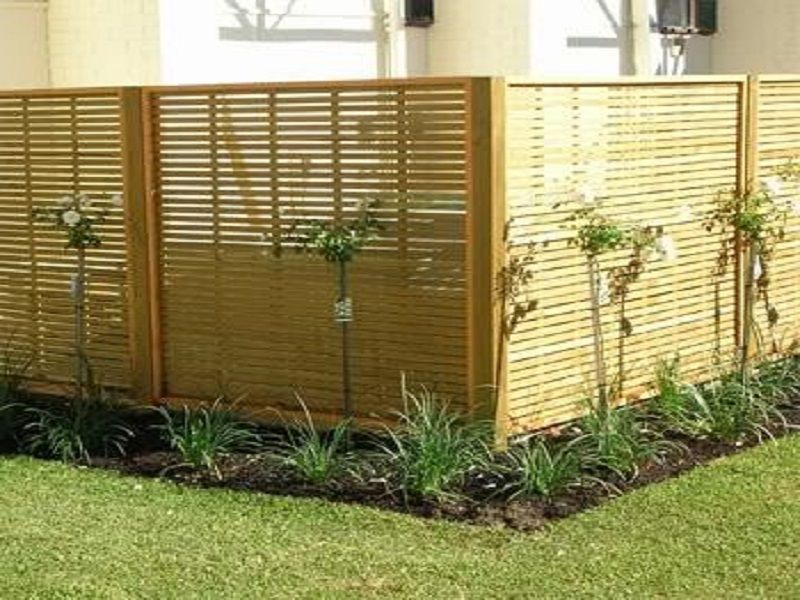 Le recinzioni prefabbricate un 39 utile soluzione per i - Idee per recinzioni giardino ...