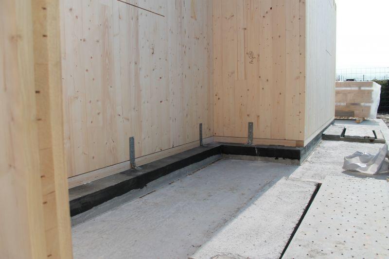 Case di legno al mare come difenderle da vento e salsedine for Platea per casa in legno