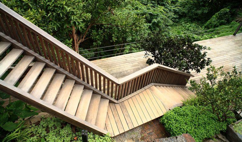 Ultra ruin la casa in legno dentro e fuori nella giungla for Bellissimi disegni di casa dentro e fuori