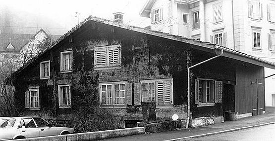 Sattel ricostruita la casa in legno pi antica d 39 europa for Immagini di una casa