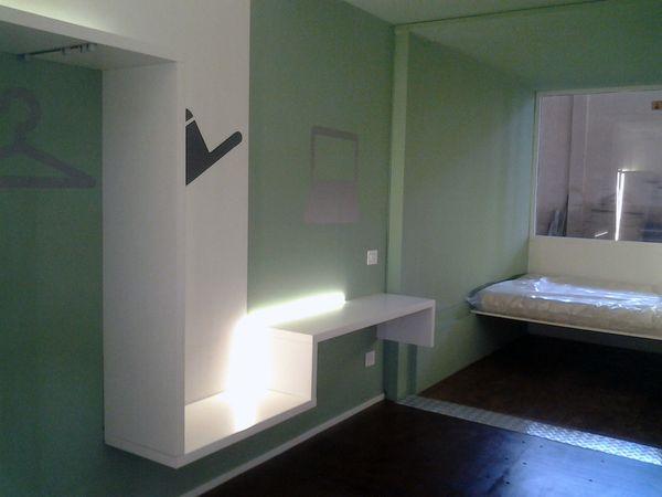 Container architecture la genovese box4it idea una stanza - Porta tocca pavimento ...