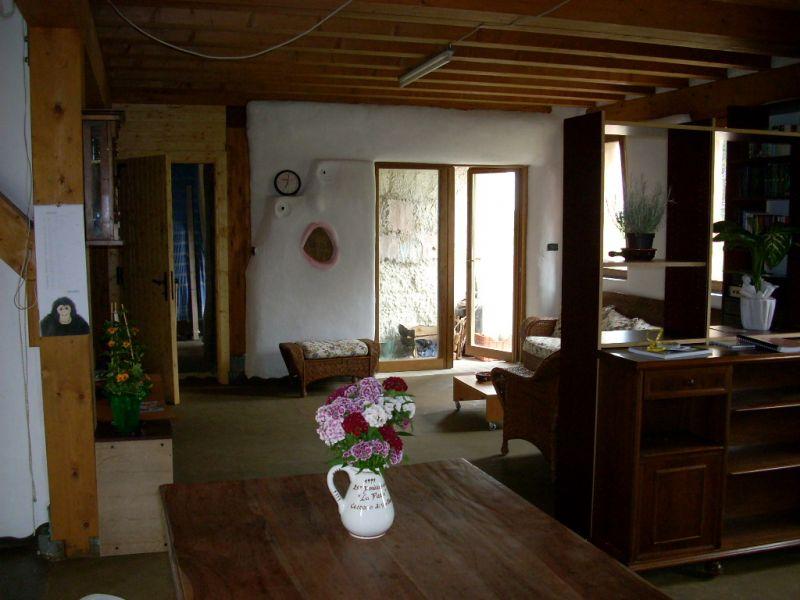 Casa di paglia un corso insegna a costruirsela da soli - Casa di paglia ...
