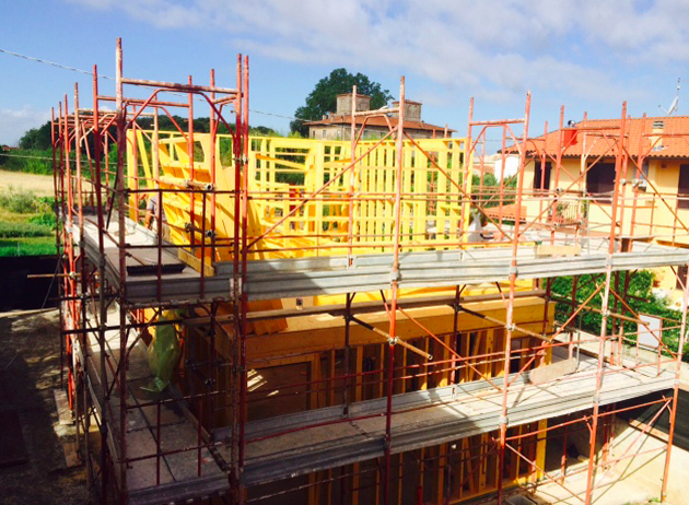A pisa la prima casa passiva d 39 italia realizzata in for Aprire i piani casa a due piani di concetto