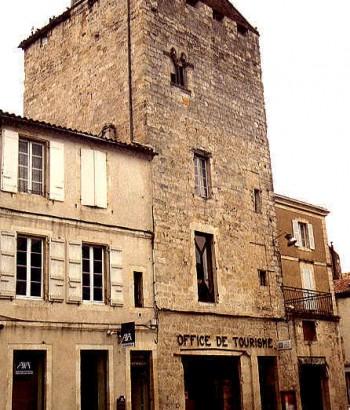 L 39 abitazione medievale castelli case contadine e case di for Una storia piani di casa di campagna francese