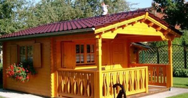 Arredare la casa prefabbricata con una casetta in legno for Casa ecosostenibile prefabbricata