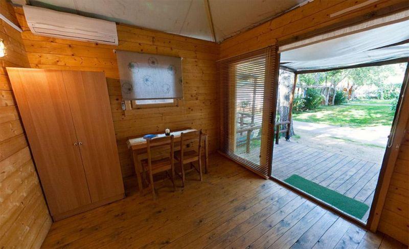 Case prefabbricate in legno da campeggio for Prezzo casa in legno