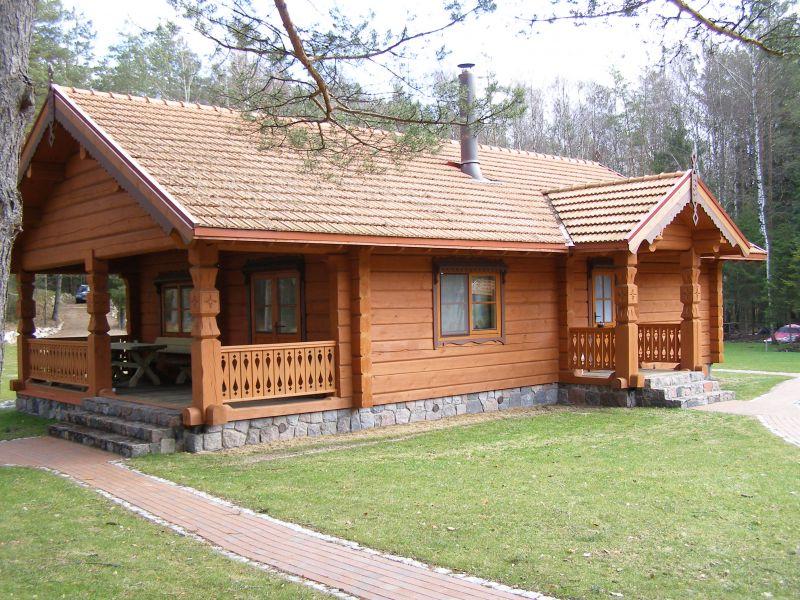 Case prefabbricate in legno da campeggio for Foto di case in legno