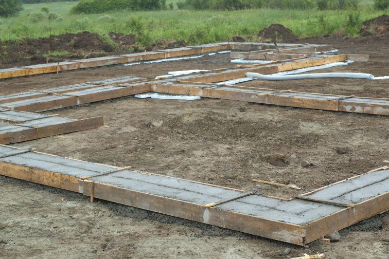 Costruire il piano interrato il seminterrato e la platea for Costo per costruire un garage a 2 piani