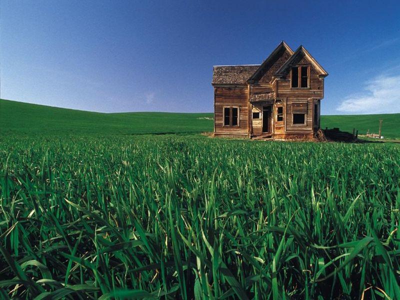 Casa in legno abbandonata