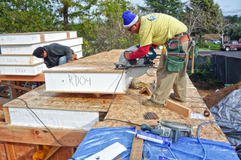 Come costruire una casa in legno a basso consumo?