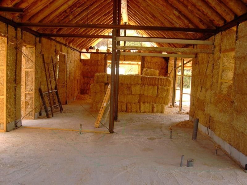 casa di paglia non si tratta di uno sproloquio ecco le prove e le spiegazioni. Black Bedroom Furniture Sets. Home Design Ideas